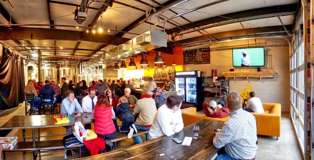 Omni Brewing - Crowd.jpg